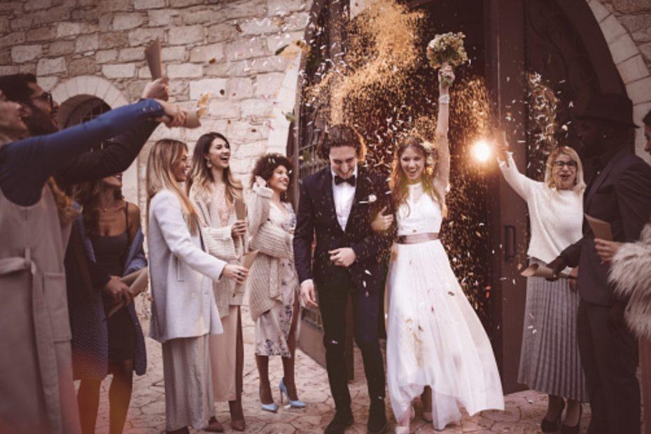 Une sortie de cérémonie de mariage originale