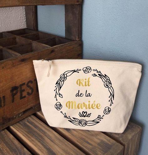 Trousse avec inscription «kit de la mariée» Paris en Noces. Wedding planner en île de France