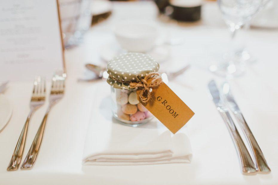 Cadeau invité. plan de table. Paris en noces. Wedding planner Ile de France