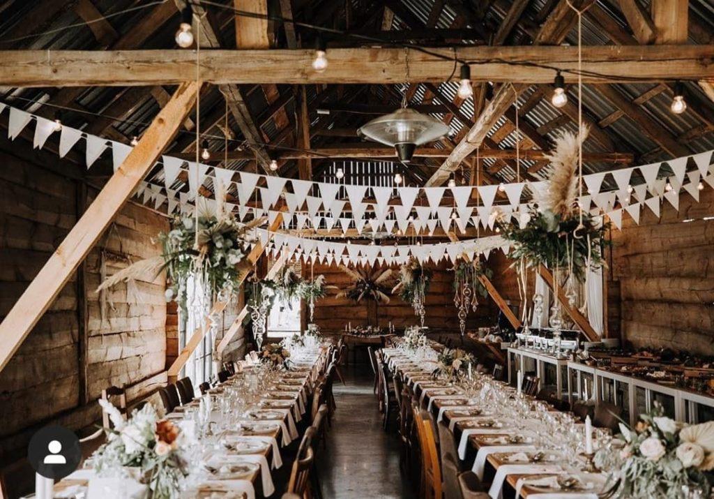 Salle de mariage très décorée Décoration de mariage Wedding Planner en Ile de France. Paris en Noces